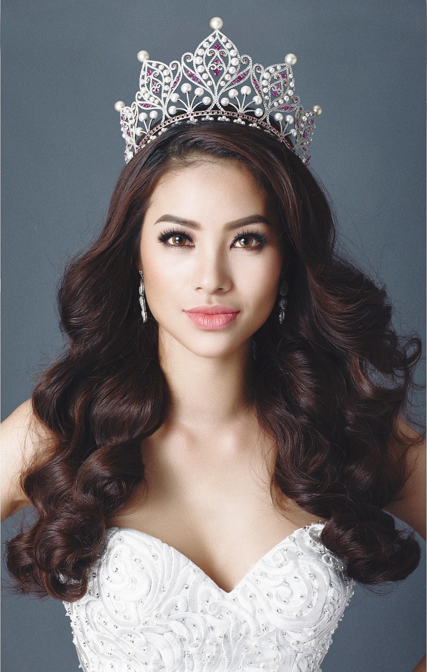 Huong Pham Miss Vietnam Universe