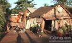 Clip xe lớn tông vào một ngôi nhà đến hai lần