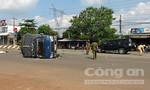Bình Phước: Ô tô tông lật xe tải, 3 người bị thương