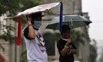 Bão Koppu hùng hổ tiến vào Philippines