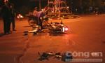 Xe máy tông xe tải, hai người nguy kịch