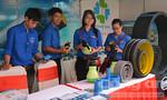 Ngày hội thanh niên công nhân với hàng Việt