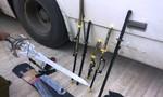 CSGT bắt xe khách chở nhiều dao, kiếm không rõ nguồn gốc