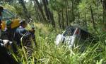 Xe hơi nhà sư mất lái, lao xuống vực trên đèo Prenn