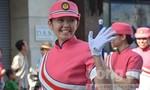 Người dân Sài Gòn thích thú với những màn trình diễn đầy 'khuấy động' của cảnh sát thế giới