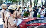 Lực lượng Công an TP.HCM ra quân xử lý tại trung tâm Thành phố
