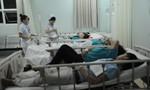 200 công nhân nhập viện vì ngộ độc thức ăn