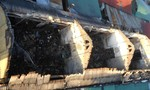 Cháy chợ trong đêm, hơn 20 gian hàng bị thiêu rụi