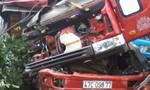Xe tải tông xe chở xi măng, hai người bị thương nặng