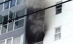 Cháy tầng 7 cao ốc, hàng chục người dân hốt hoảng