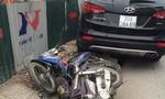 Xe 7 chỗ húc bay hai xe máy, bốn người bị thương