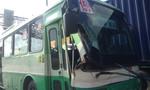 Xe buýt đâm xe container trên xa lộ Hà Nội, hành khách hoảng loạn