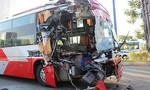 Xe khách tông đuôi xe container, hàng chục hành khách thoát chết