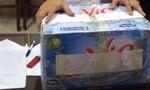Vận chuyển 2,5kg ma túy đá trong thùng nước Lavie