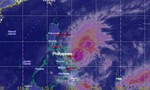 Bão Melor hùng hổ tiến vào Philippines