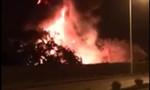 Đốt đồng nát ven đường gây cháy lớn trong đêm rồi bỏ trốn