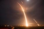 Mãn nhãn với màn phóng tên lửa Falcon 9 của hãng Space X