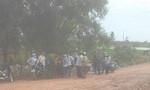 Đốt bãi rác gây ô nhiễm, người dân kéo ra đường phản đối