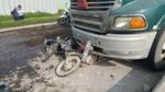 Tai nạn liên hoàn: xe bồn đâm vào 6 xe máy, 8 người bị thương