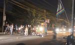 Ba xe máy tông nhau trong đêm, 2 người nhập viện