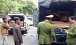 Bắt giữ 2 xe vận chuyển trái phép 64 hộp gỗ quý hiếm