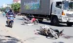 Người phụ nữ bị xe tải cán nát chân tay