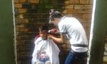 Cảm động nhóm thiện nguyện Tóc Trẻ hớt tóc miễn phí cho trẻ em nghèo