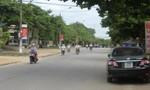 Xe máy đối đầu ô tô, 3 người tử vong