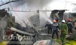 Vĩnh Long: Cháy lớn thiêu rụi 6 căn nhà