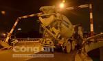Cầu Nguyễn Văn Cừ ùn tắc nghiêm trọng vì sự cố xe bồn