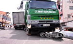 Hình ảnh tai nạn khủng khiếp tại hai cây cầu ở Sài Gòn