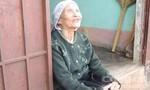 Cám cảnh gia đình mẹ mù lòa, 4 con câm điếc phải sống nhờ... bãi rác