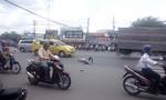 Thanh niên ngoại quốc ngáo đá, hung hãn doạ giết tài xế taxi