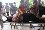 Hàng chục công nhân nhập viện có dấu hiệu ngộ độc