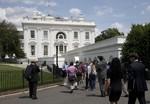 Nhà Trắng sơ tán vì đe dọa nổ bom