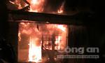 Clip cháy kinh hoàng tại tiệm tạp hoá trên đường Nguyễn Trãi