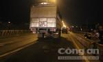 Nam thanh niên lao đầu vào xe tải tự tử trong đêm