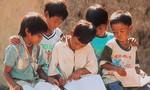 Quyên góp 200 ngàn bản sách giáo khoa cho học sinh nghèo