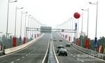Tai nạn liên tiếp do dốc cầu Long Thành quá cao