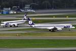 1.400 hành khách bị kẹt ở sân bay vì hacker