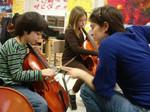 Bắt thầy giáo dạy nhạc nhiều lần xâm hại học trò