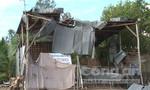 Clip lốc xoáy làm sập, tốc mái 64 nhà dân