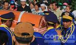 Clip đám tang 6 nạn nhân trong thảm án tại Bình Phước