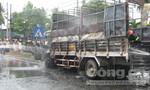 Xe tải chở hộp quẹt gas nổ lớn, bốc cháy dữ dội trên quốc lộ 1A