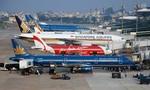 Bị sét đánh, phải đóng cửa một đường cất hạ cánh ở sân bay Tân Sơn Nhất