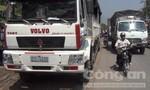 Xe tải tông xe đạp điện, bé trai 4 tuổi tử vong