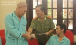 Lãnh đạo CATP thăm Mẹ Việt Nam Anh hùng và cán bộ - chiến sĩ