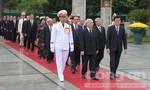 Lãnh đạo Đảng, Nhà nước, Bộ Công an viếng các anh hùng liệt sỹ và vào lăng viếng Chủ tịch Hồ Chí Minh