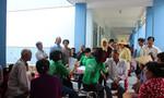 Bến Tre: Hơn 800 bệnh nhân được khám tầm soát và phát thuốc miễn phí