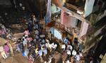 Sập nhà bốn tầng, 9 người thiệt mạng